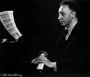 Legendary pianist Arthur Rubinstein